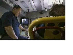 Ambulance_2_2