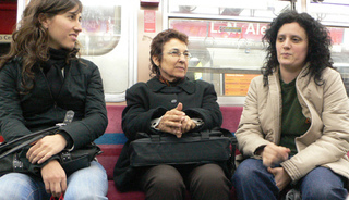 Women_subway_2